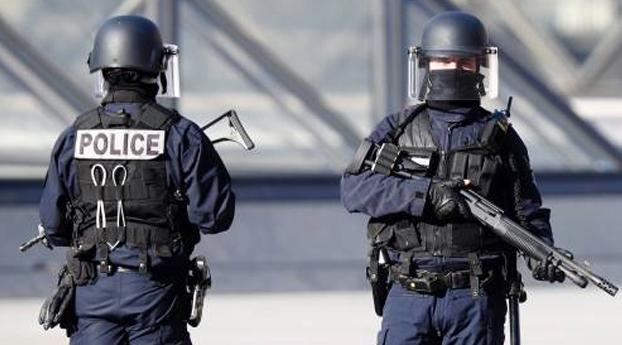 Politie verijdelt zelfmoordaanslag in Parijs