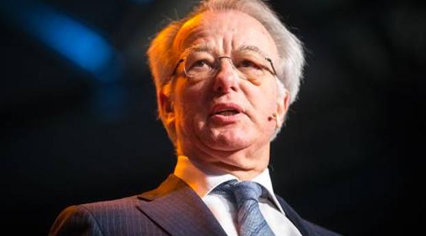 Burgemeester Van Aartsen onderging nekklem