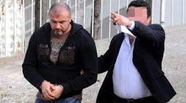 Turkse rechter verdaagt zaak afwezige Saban B.