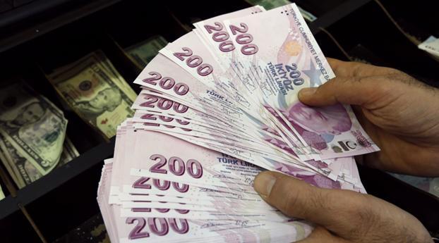 Turkse lira zakt verder weg