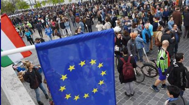 Brussel: Hongaarse universiteitswet illegaal