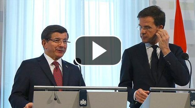 Persconferentie minister-president Davutoglu en Rutte