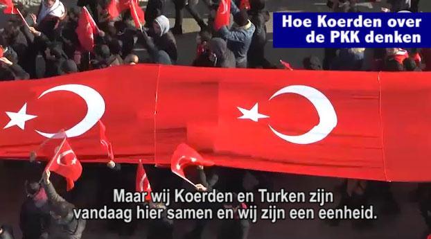 Koerden en Turken protesteren samen tegen PKK
