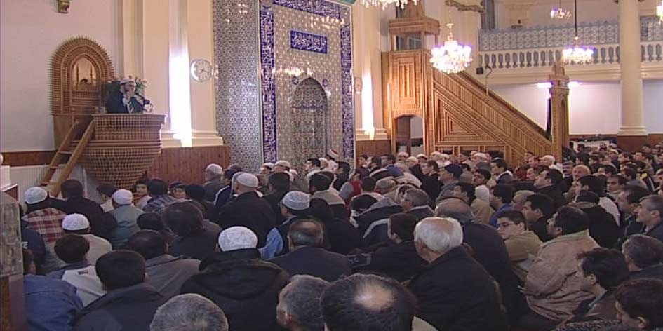 Moslims in Nederland zeer geschrokken van 'barbaarse daad'