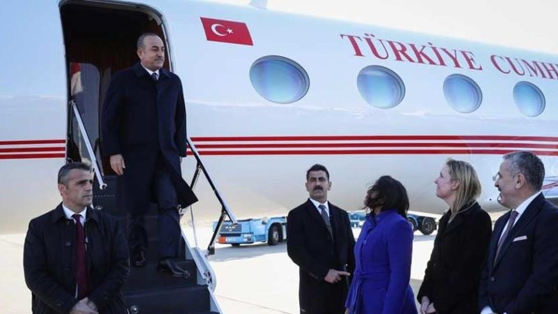 Voor het eerst na 'Turkijerel': Turkse minister gearriveerd in Nederland